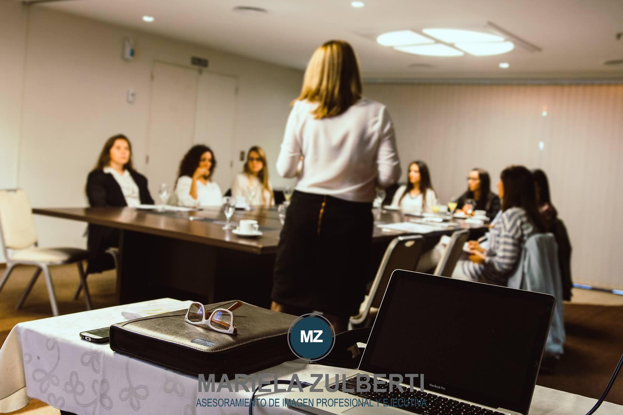 Seminario Comunicación Efectiva Hotel Howard Johnson (1)